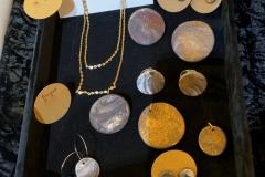 Les collections Marbrée et Eclaboussure d'or